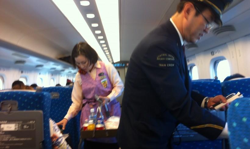 Bienvenue dans le Shinkansen au Japon