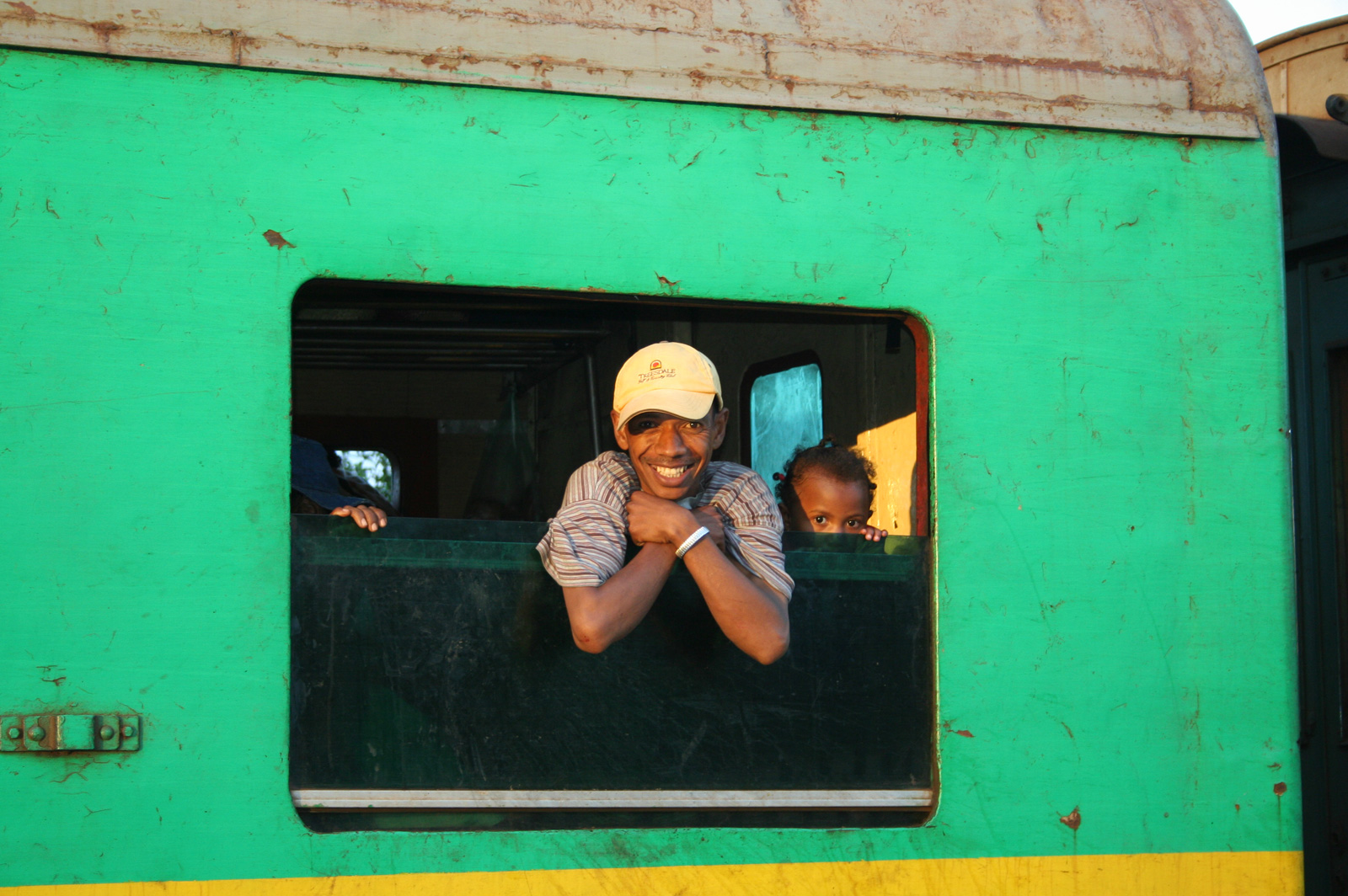 Transport-local-madagascar-train-vapeur-OliverTrips-4