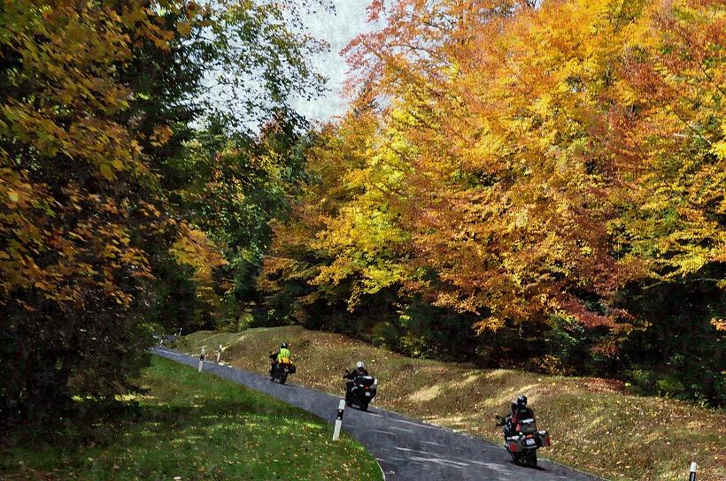 A moto sur les routes suisses